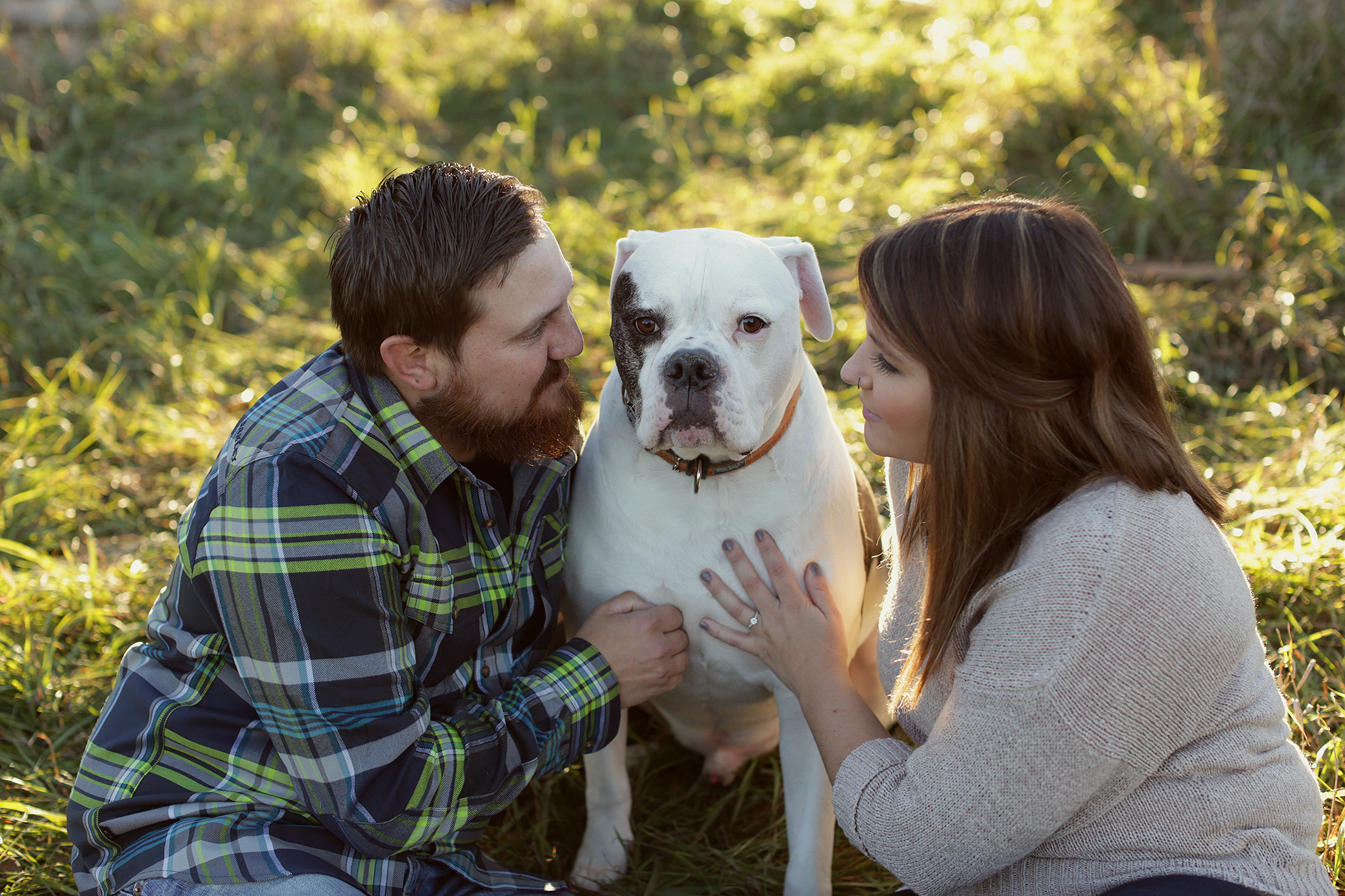 rustic-barn-engagement_0004