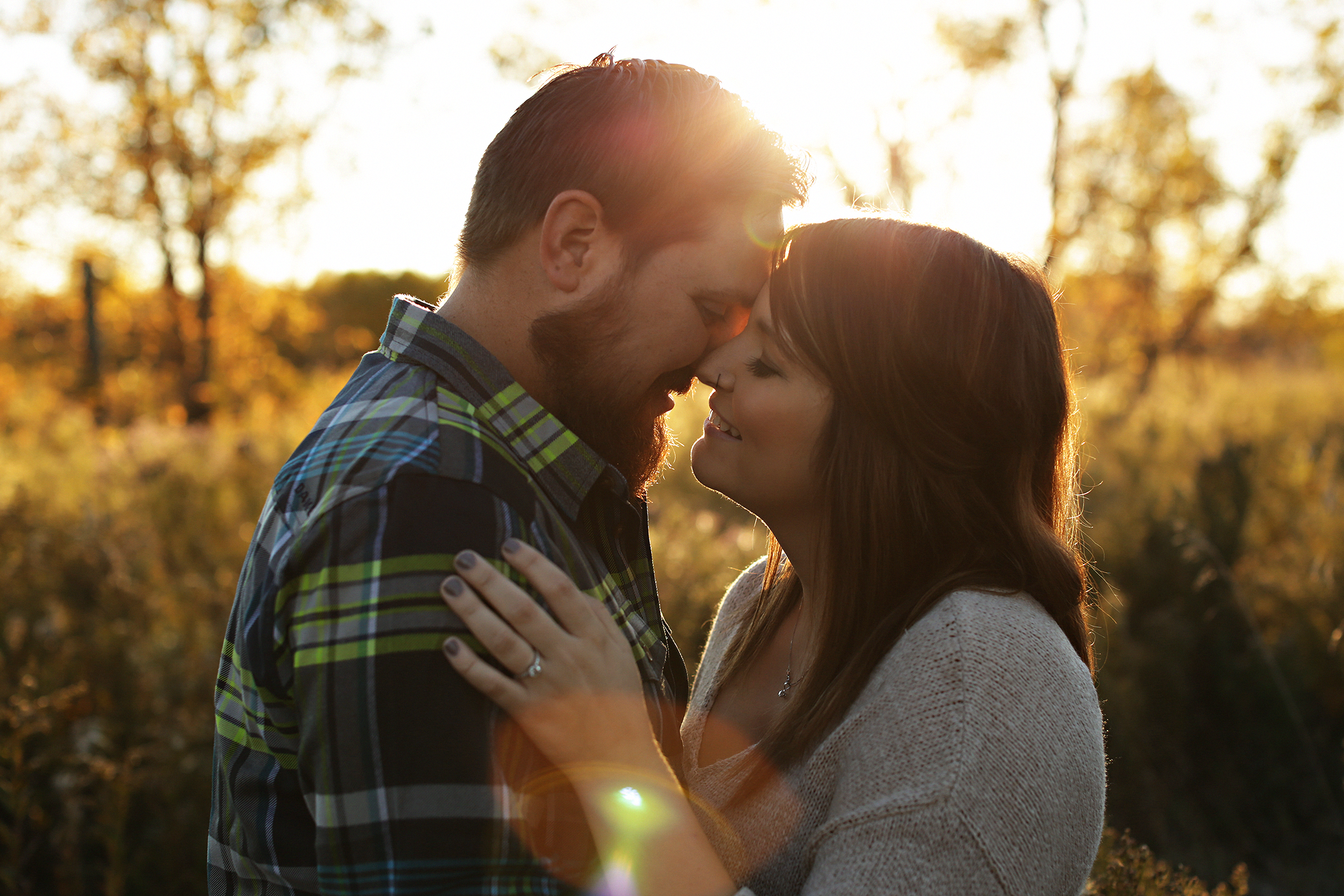 rustic-barn-engagement_0009