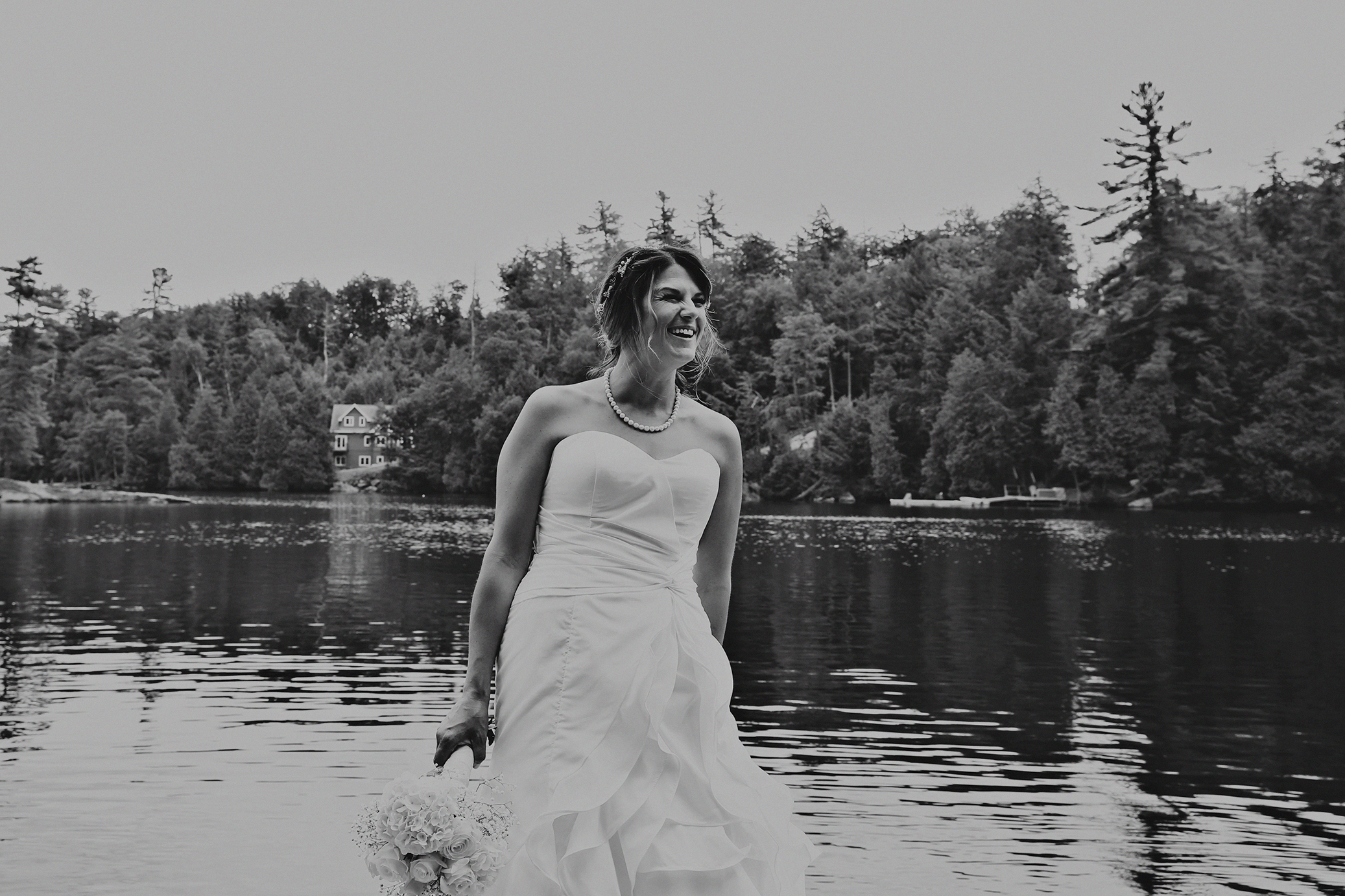 Intimate_Haliburton_Wedding_0017