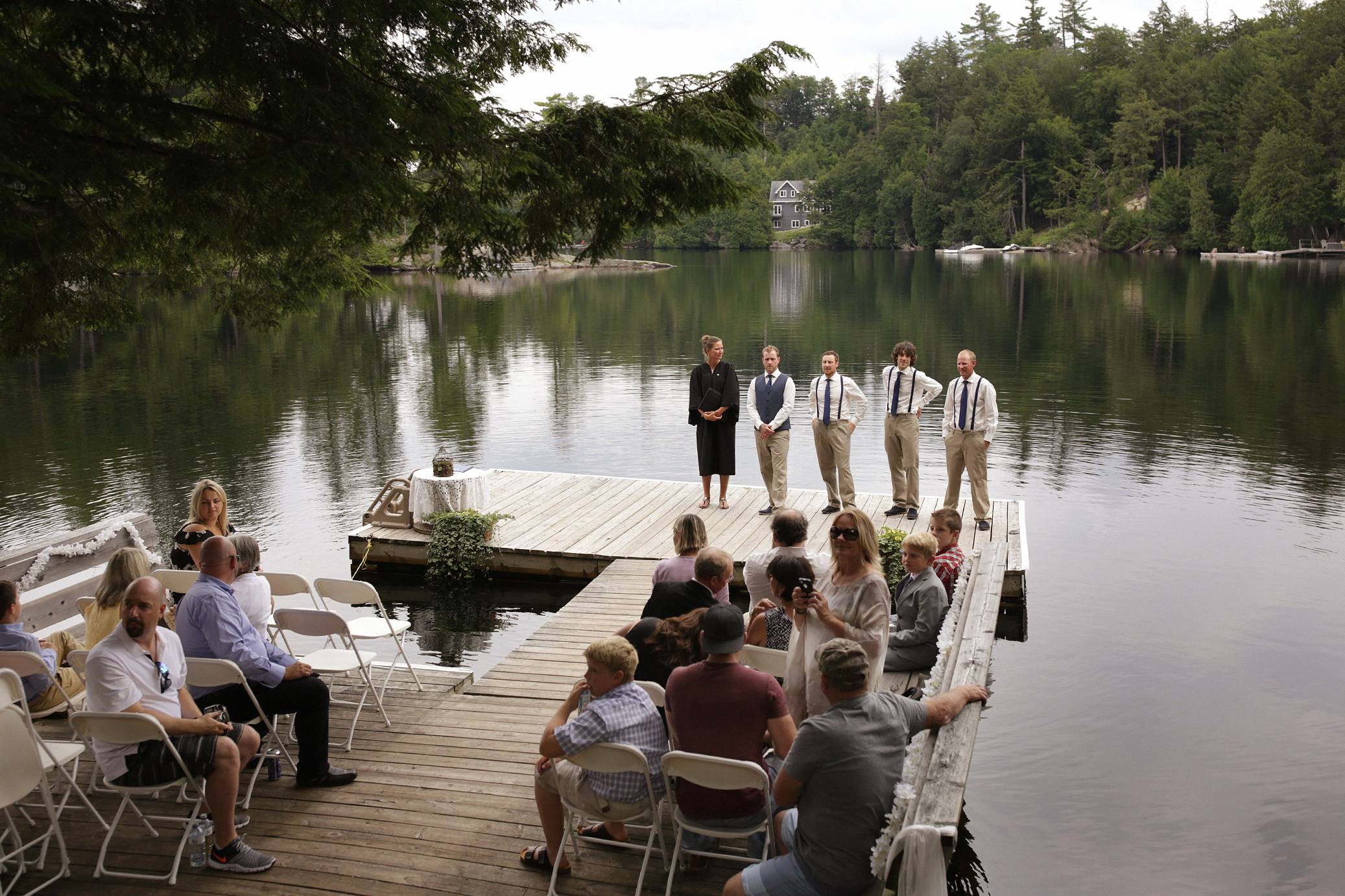 Intimate_Haliburton_Wedding_0019
