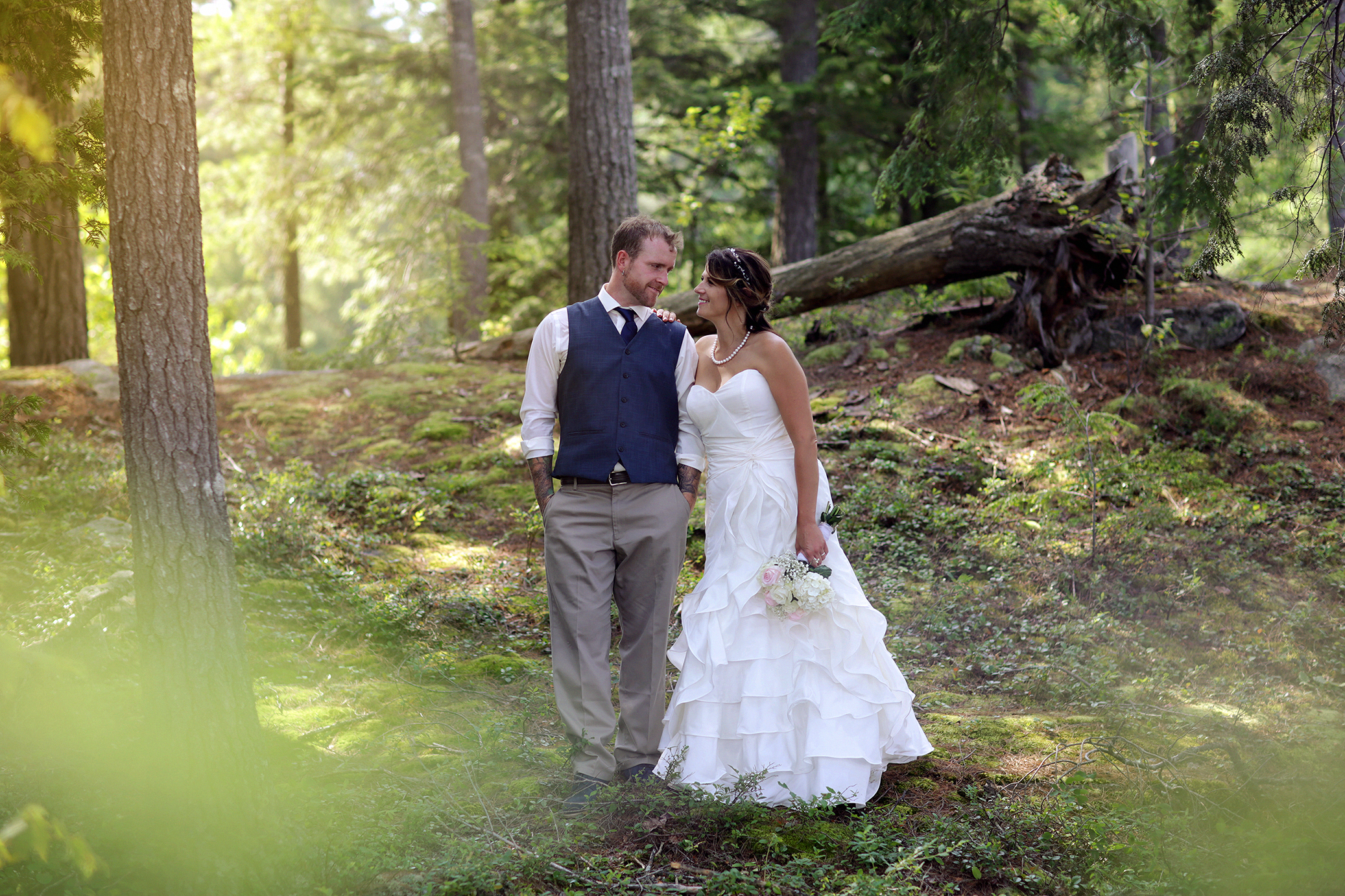 Intimate_Haliburton_Wedding_0029