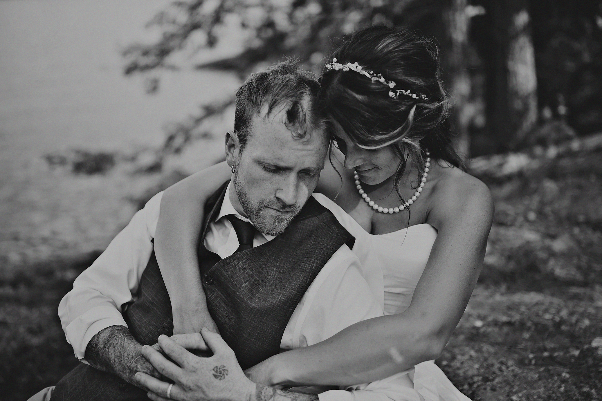 Intimate_Haliburton_Wedding_0035