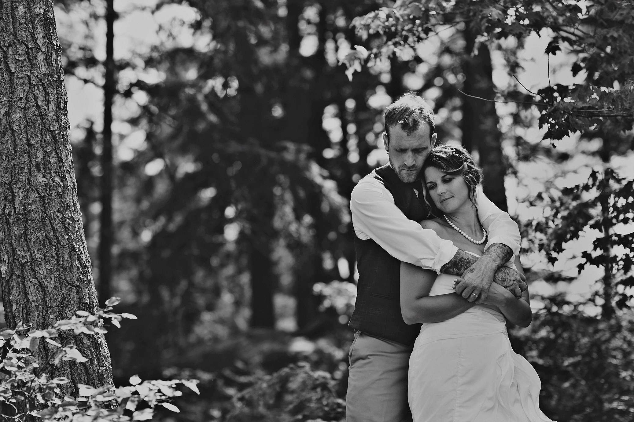 Intimate_Haliburton_Wedding_0038