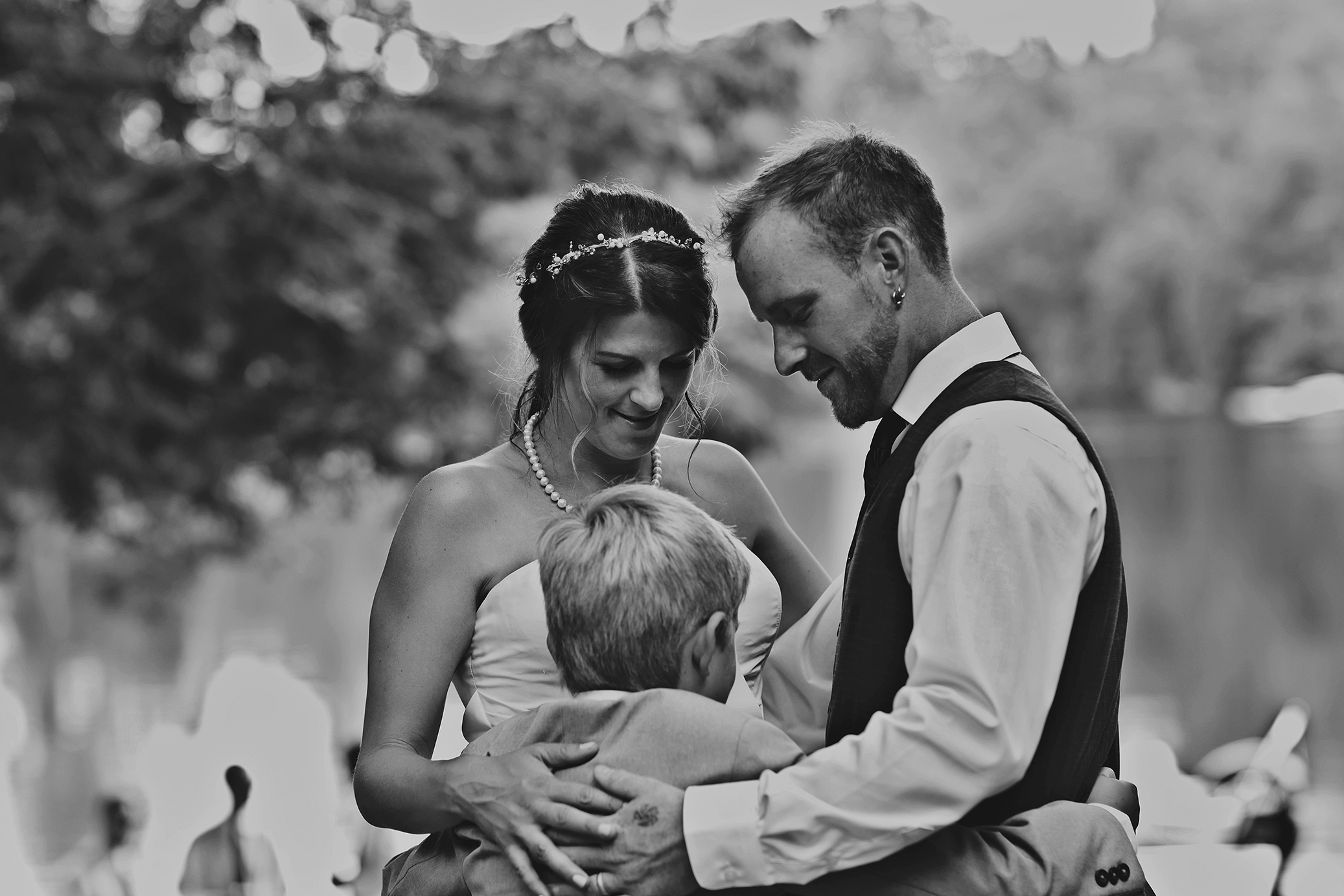 Intimate_Haliburton_Wedding_0045